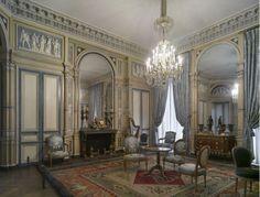 Le salon de l'hôtel de Serres, vers 1795.jpg
