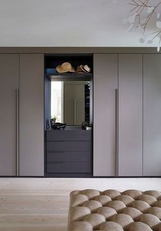Bedroom Cupboard Designs Small Space – Home Bedroom Ideas Bedroom Cupboard Designs, Wardrobe Design Bedroom, Bedroom Cupboards, Modern Bedroom Design, Girls Wardrobe, Interior Minimalista, Closet Designs, Deco Design, Home Decor Bedroom