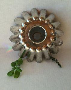 https://www.etsy.com/listing/217980185/vintage-fluted-cake-pan-west-german