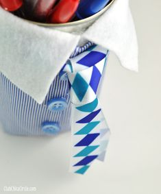 Father's Day Pencil Cup Homemade Gift Idea | Club Chica Circle - where crafty is contagious