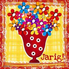 Jarig rode vaas met bloemen, verkrijgbaar bij #kaartje2go voor €1,89