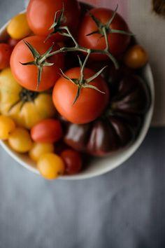 Various tomato varieties in bowl