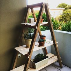 Inexpensive Outdoor Furniture: A-Frame Plant stand