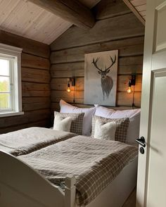 Huff House, Mountain Bedroom, Loft Interior, Log Cabin Living, A Frame Cabin, Sleeping Loft, Cottage Interiors, Cabin Homes, Home Bedroom