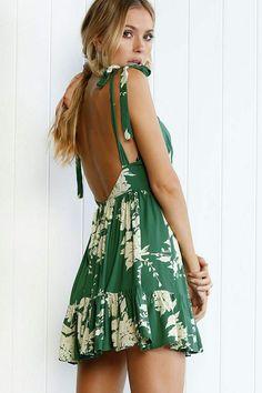 Robes Dos Nu Maxi, Short Beach Dresses, Sun Dresses, Prom Dresses, Backless Mini Dress, Backless Summer Dresses, Dress Summer, Green Summer Dresses, Vestidos Sexy
