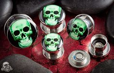 Steel light up skull plugs
