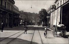Wow - What a difference a century makes! Athenas Street, Athens, 1920 - well, at least the views the same! Attica Athens, Athens Greece, Greece Pictures, Old Pictures, Athens History, Magnified Images, Old Time Photos, Acropolis, Vintage Photos