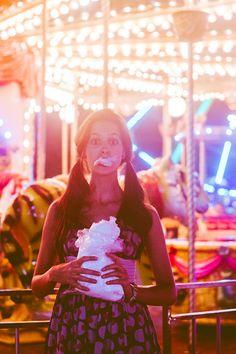 Photo by: Kyran Gabrielle | http://KYRANSHOOTS.com | #fotografia #fotografiademoda #fotógrafo #brasília #DF #distritofederal #distrito #federal #fashionphotographer #photographer #photoshoot #ensaio #ensaiofotográfico #fashion #moda #roupas #look #lookbook #carnival #parque #vestido #parquedediversões