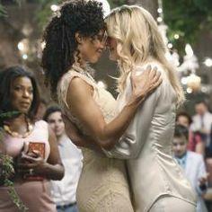 Big busty lesbinas