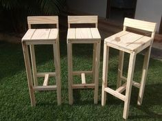 Diy Bar Stools, Diy Stool, Wooden Stools, Diy Chair, Bar Chairs, Outdoor Furniture Plans, Pallet Furniture, Custom Furniture, Furniture Design