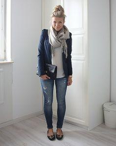 skinnies   flats   blazer   tee   scarf   tossed up bun = ready to go!
