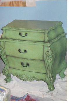 Hand painted Bombay chest.  this is gorgeous!