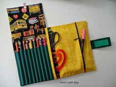 TresP craft blog: ESTUCHES PORTALÁPICES (tres más)