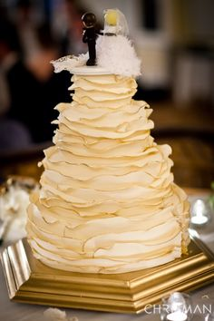 Ruffle wedding cake with gold tipped edges