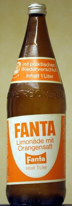 fanta 1940s | Fanta-Flasche von anno Zwieback Retro Vintage, Fanta, Good Old Times, Bob Ross, Hot Sauce Bottles, Coca Cola, Old School, Orange Color, Pop Culture