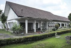 """19 Bizzare Examples Of Indonesia's """"Jengki"""" Architectural Craze Of The & Asian Architecture, Interior Architecture, Archie, Colonial, Houses, House Design, Building, Outdoor Decor, Room"""
