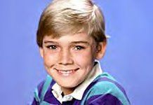 my first tv crush Amy And Ricky, Ricky Schroder, Nypd Blue, 12 Year Old Boy, Tv Seasons, Big Crush, Comedy Tv, Single Dads, First Tv