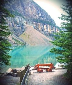 Moraine lake, Lake louise, AB, Canada