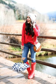 beanie - fall outfit idea w/red hunter boots