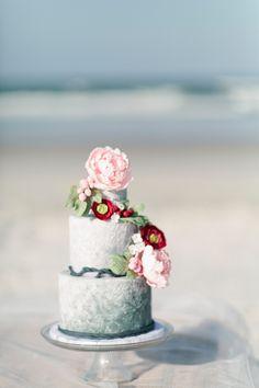 Photography: Debra Eby Photography - www.debraeby.com  Read More: http://www.stylemepretty.com/2015/05/22/spring-inspired-coastal-nuptials/