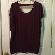 Wine V-back tee Wine colored v back tee from forever 21. Gently worn. It's in great condition. This can be dressed up or down! Forever 21 Tops Tees - Short Sleeve