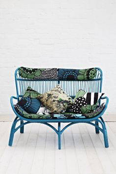 Our slouch back style rattan lounger now comes in a 2 seater. Perfect for a lazy morning together with a cup of tea. Features our custom made graphic printed cushion and head rest. They measure tall, 136 wide and deep. Available in other colours. Outdoor Sofa, Outdoor Furniture, Outdoor Decor, Rattan Lounger, Craft Shed, Beautiful Home Gardens, Chickens Backyard, Upcycled Furniture, Color Azul