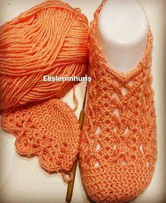 Best 12 and more :) – SkillOfKing. Crochet Boat, Crochet Boots Pattern, Shoe Pattern, Knitted Slippers, Crochet Stitches Patterns, Crochet Slippers, Crochet Designs, Crochet Videos, Crochet Accessories
