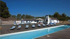 au sud de lisbonne http://fr.portugueseliving.com/Comporta-Possanco-Resort-&-Bungalows.html