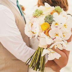 A little tame a little wild... Perfect! @fletchphotography www.blissibloom.com --- #Bouquet #Wedding #Hawaii #Bride #Florals #HawaiiWedding #BlissInBloom
