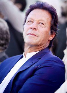 Imran Khan Pic, Imran Khan Singer, Imran Khan Speech, Imran Khan Pakistan, Reham Khan, History Of Pakistan, The Legend Of Heroes, Great Leaders, King Queen