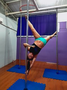 Belly Dancing Classes In San Antonio Pole Dance Moves, Dance Tips, Pole Dancing, Boot Camp Workout, Barre Workout, Pole Fitness, Barre Fitness, Fitness Exercises, Pole Dance Sport