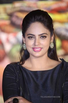 Nandita Swetha Stills at Srinivasa Kalyanam Press Meet - Telugu Actress Beautiful Girl Photo, Beautiful Girl Indian, Most Beautiful Indian Actress, Beauty Full Girl, Cute Beauty, Beauty Women, Beautiful Bollywood Actress, Beautiful Actresses, Most Beautiful Faces