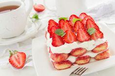 Vous rêviez d'un dessert qui réunit plusieurs grands classiques de l'histoire de la pâtisserie? Quelqu'un l'a fait pour vouset le résultat est absolument...