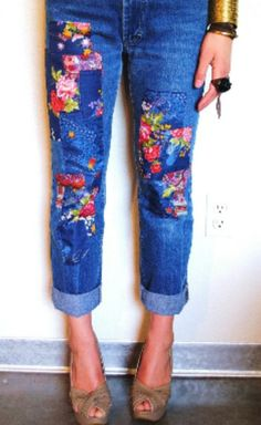 Flower patch capris. Perfect for summer.
