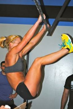 crossfit, oh I hate toes to bar