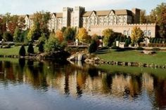 radisson castle hotel, nashua, new hampshire....a BEAUTIFUL place to stay.