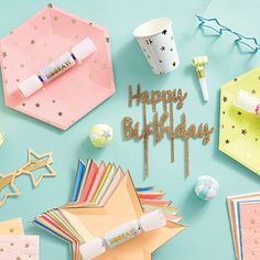 When it comes to party goodies, no one adds the magic and sprinkles quite like Meri Meri, who crafts whimsical cards, bakeware, party accessories and more! Meri Meri Unicorn, Party Suppliers, Unicorn Invitations, Giant Balloons, Paper Source, Card Envelopes, Party Shop, Party Accessories, Party Themes