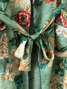 2017 Этникалық гүлді басып шығару үшін сөмкелер Kimono Shirt Retro New Bandage Кардиган Blouse Tops Blusas Chemise Femme Blusa Camisa Retro, Kimono Shirt, Bohemia Dress, Boot Bracelet, Dress Flats, Cardigan, Blouse Vintage, Dress With Boots, Floral Prints
