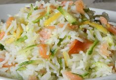 Riz au Saumon / Courgettes et Citron WW - Plat et Recette Rice with salmon / zucchini and lemon WW, recipe for a tasty gourmet dish and balanced at will, based on rice flavored with lemon, salmon and zucchini. Rice Recipes, Casserole Recipes, Meat Recipes, Snack Recipes, Healthy Recipes, Zucchini, Weigh Watchers, Healthy Meal Prep, Pasta