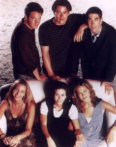 I just love the Friends cast. They are all a rare combination of attractive, talented, kind, and funny. Serie Friends, Friends Cast, Friends Moments, Friends Tv Show, Friends Forever, Friends Season, Ross Geller, Matthew Perry, Phoebe Buffay