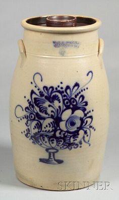 Fantastic J. Norton Cobalt Decorated Six-Gallon Stoneware Churn with basket of flowers Antique Crocks, Old Crocks, Antique Stoneware, Stoneware Crocks, Antique Pottery, Primitive Antiques, Primitive Decor, Glazes For Pottery, Ceramic Pottery