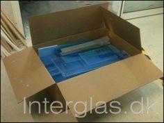 Blandet kasse med rester af Polycarbonat