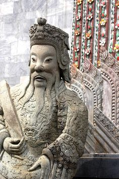 ✮ Stone statue of a god at the Grand Palace in Bangkok, Thailand