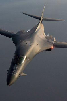 Airplane Fighter, Fighter Aircraft, Fighter Jets, Rockwell International, Brazilian Air Force, Avro Vulcan, Uss Nimitz, Black Beast, Navy Air Force