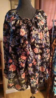 NECESSARY OBJECTS WOmans Plus Size Blouse Size 18/20 Floral Ruffle TUNIC Top #NECESSARYOBJECTS #Tunic #Businessorcasual