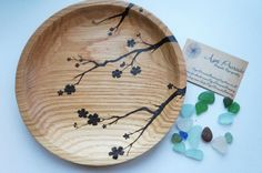 Hey, I found this really awesome Etsy listing at https://www.etsy.com/uk/listing/236172384/pyrography-oak-dish-8-inch-solid-wood