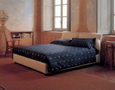 "Sleep under the stars // Dormi sotto le stelle [Double bed / Letto matrimoniale ""Nathalie"" by Vico Magistretti for Flou] #Beds #Bedroom #Letto #InteriorDesign #HomeDecor #Design #Arredamento #Furnishings #Biancheria #Bedding"