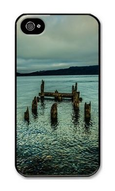 iPhone 4/4S Case DAYIMM An Old Dock In The Lake Black PC Hard Case for Apple iPhone 4/4S DAYIMM? http://www.amazon.com/dp/B012IN812A/ref=cm_sw_r_pi_dp_B4cmwb1DHWD9W