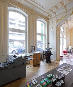 our vintage letter press produces one of a kind prints and fits into the palace perfectly Letter Press, Vintage Lettering, Beautiful Buildings, Vienna, Valance Curtains, Palace, Bohemian, Ceiling, Mirror