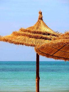 Dr Chiraz Bouzguenda s'occupe de votre séjour esthétique en Tunisie à des coûts pas chers.